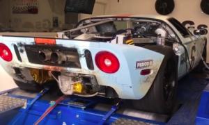 Para turbosprężarek zdecydowanie rozbudza Forda GT ostatniej generacji