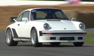 Tak sprawdza się Porsche 930 Turbo z silnikiem Formuły 1