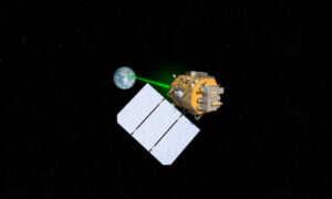 Francja pracuje nad laserowymi satelitami i siłami kosmicznymi