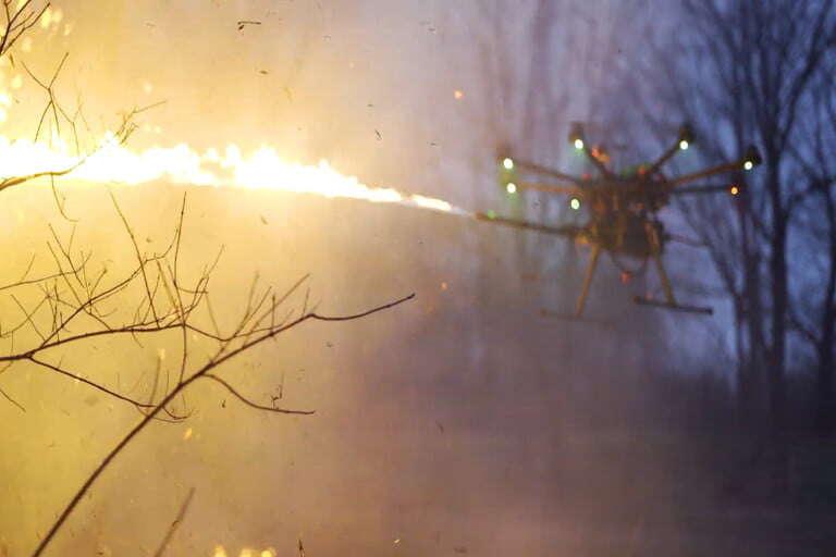 TF-19 WASP to dron z miotaczem ognia do kupienia