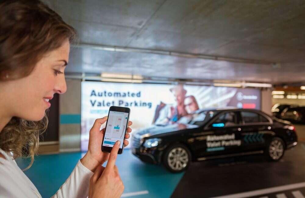 Zatwierdzono pierwszy w pełni autonomiczny system parkingowy
