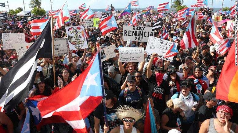 Naukowcy badają wpływ mediów społecznościowych na protesty polityczne