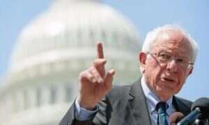 Nietypowe zapewnienie kandydata na prezydenta USA Berniego Sandersa dot. UFO