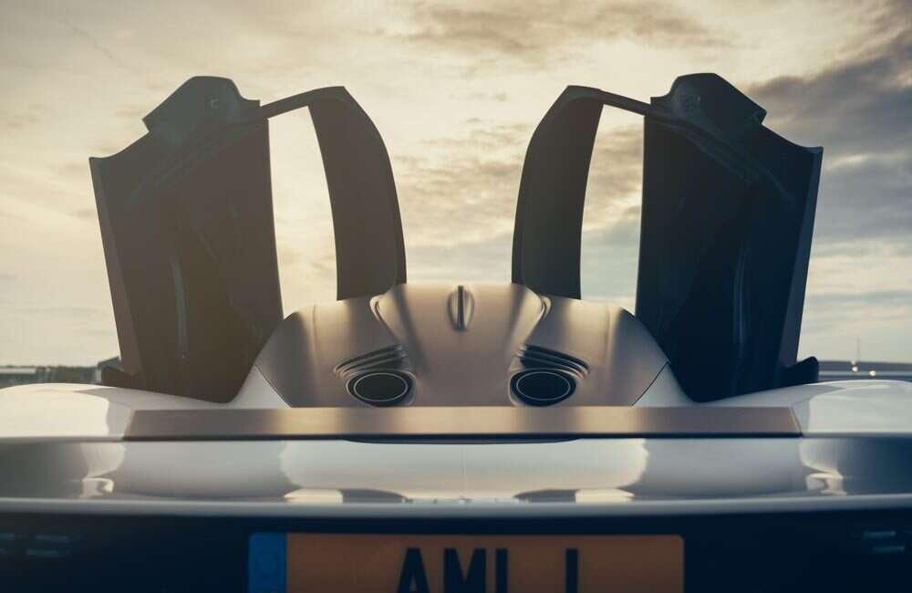 Hipersamochód Valhalla Astona Martina po raz pierwszyna torze