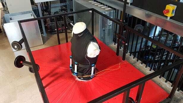 tułów, symulator tułowiu, badanie klamr, badanie uprzęży, badanie kręgosłup, symulator kręgosłupa