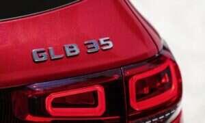 Mercedes-AMG GLB 35 na 2021 rok pozwoli ci zaszaleć i zgarnąć dzieciaki ze szkoły