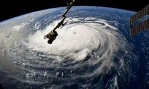 Jak powstają huragany i jak powinniśmy się przed nimi chronić?