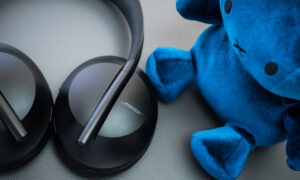 Test słuchawek Bose Noise Cancelling Headphones 700