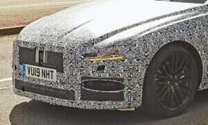 Nowy Jaguar XF uwieczniony w testach przed debiutem