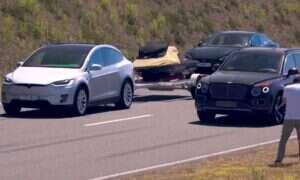 Tesla Model X zawalczyła z Bentleyem Bentaygą