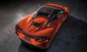 Nawet dach w Corvette Stingray 2020 w kabriolecie zachwyca