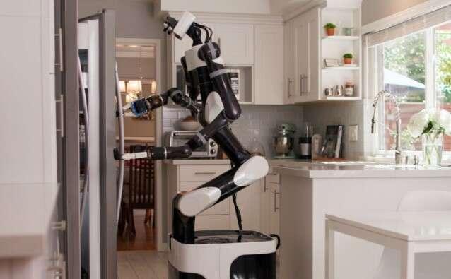 Toyota uczy roboty zachowania w domu przez VR