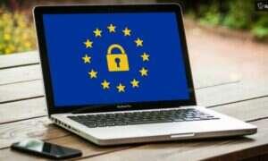 Unia Europejska uderzyła w Facebooka