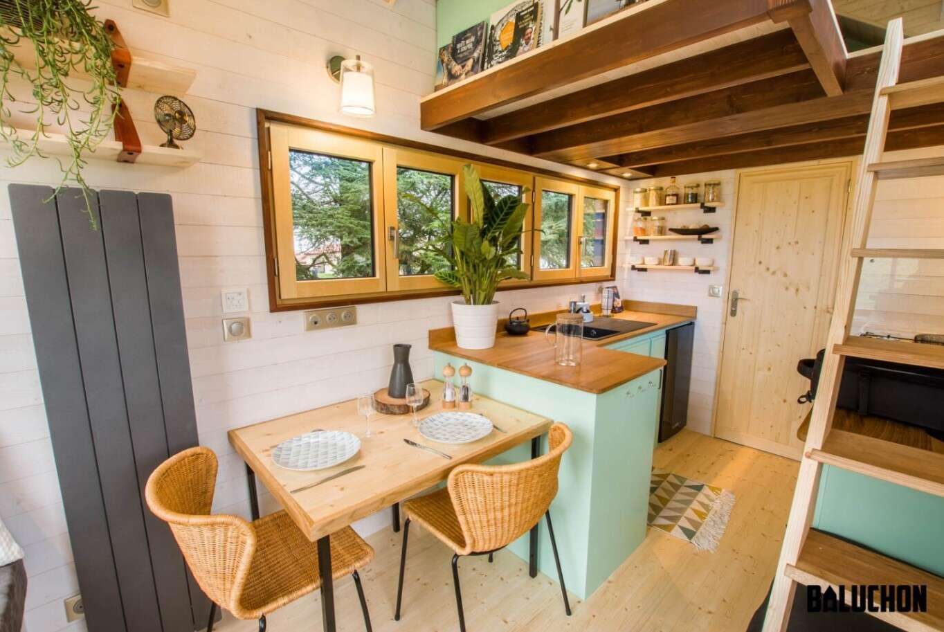mały dom, Le Chateau Ambulant, dom Baluchona, niewielki mobilny domek
