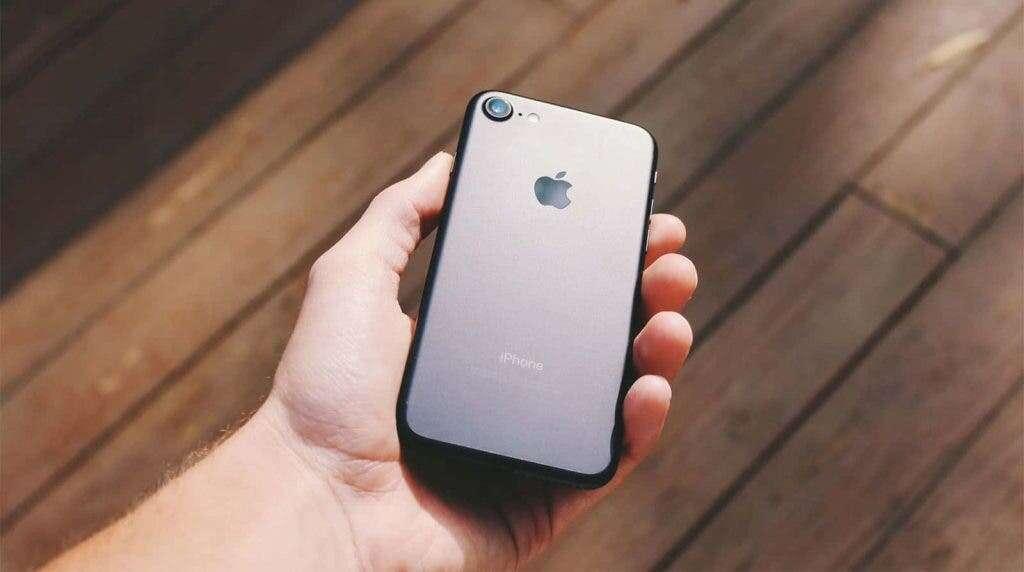 smartfony iPhone SE 2 Plus i SE 3, kiedy iPhone SE 2 Plus i SE 3