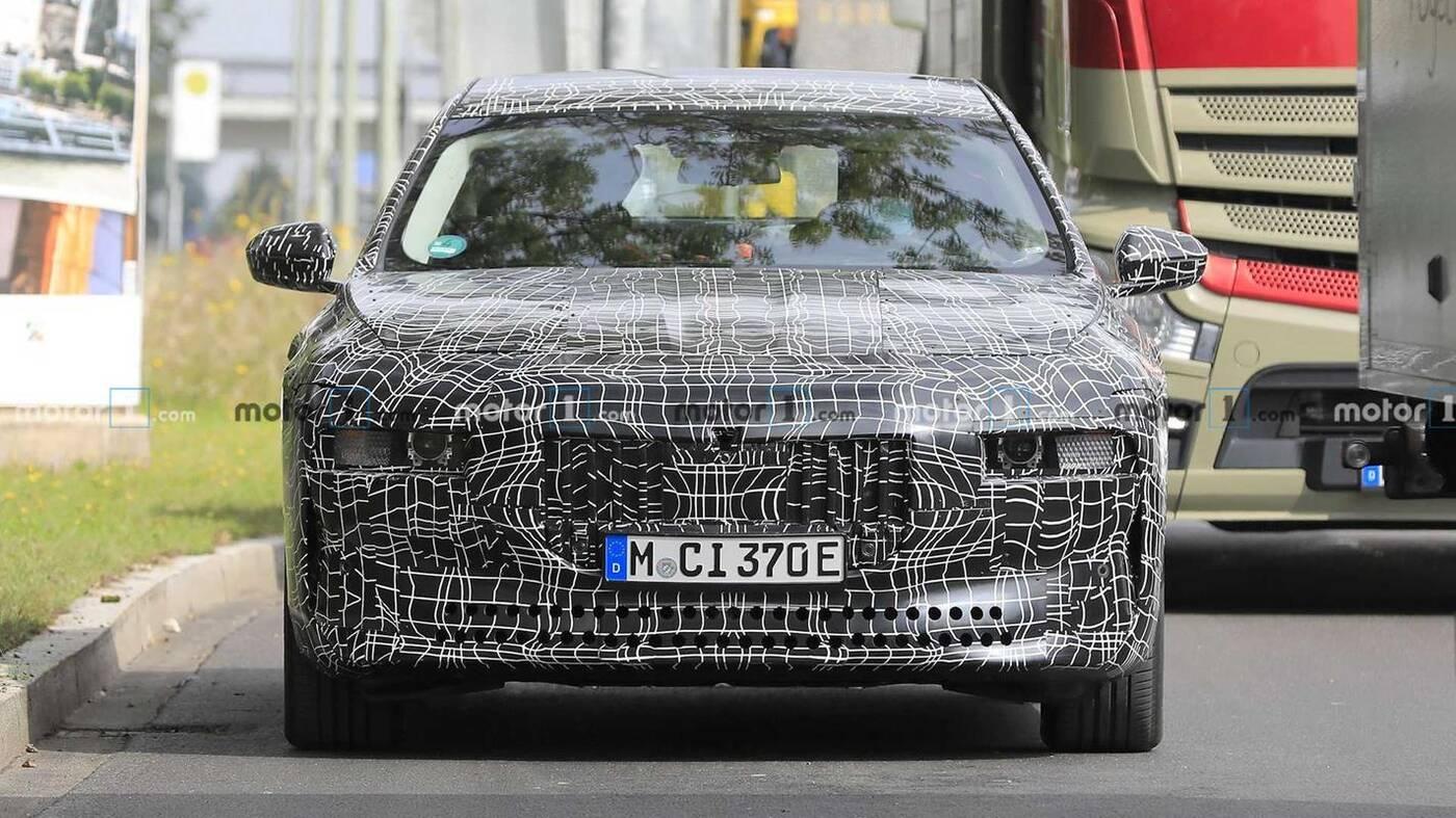 elektrycznym sedanie BMW i7, sedan BMW i7, elektryczne BMW i7, elektryczny sedan BMW