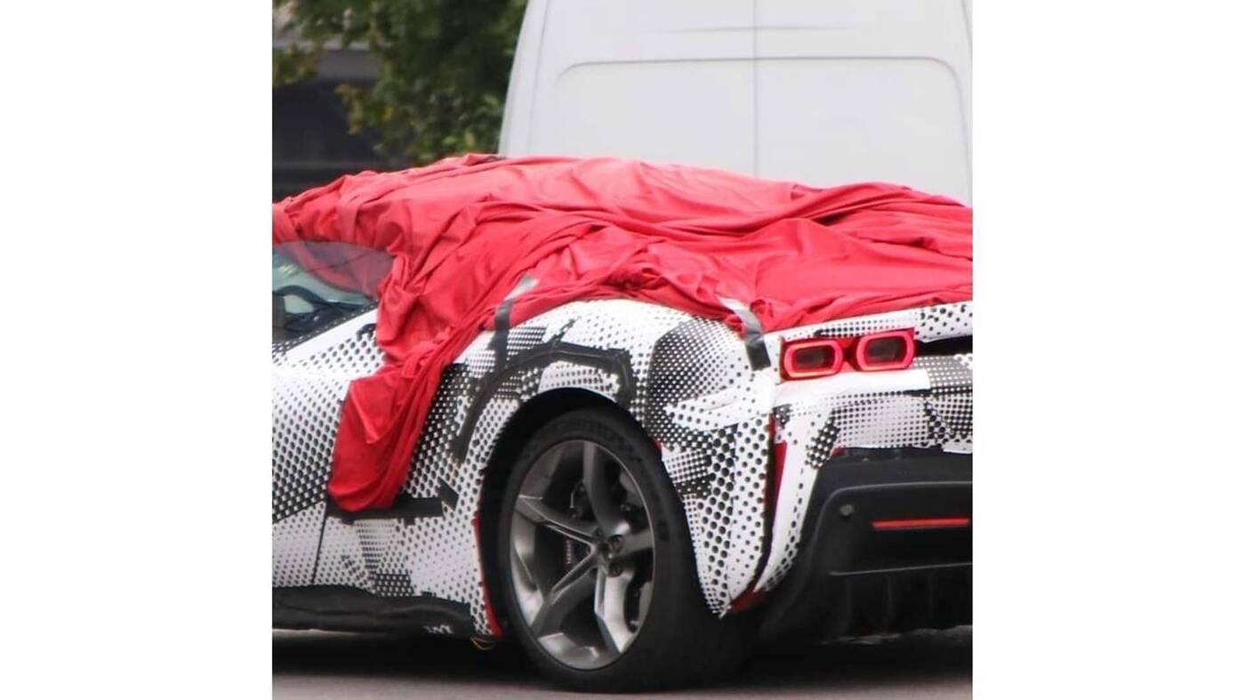 Zdjęcia Ferrari SF90 Stradale Spider