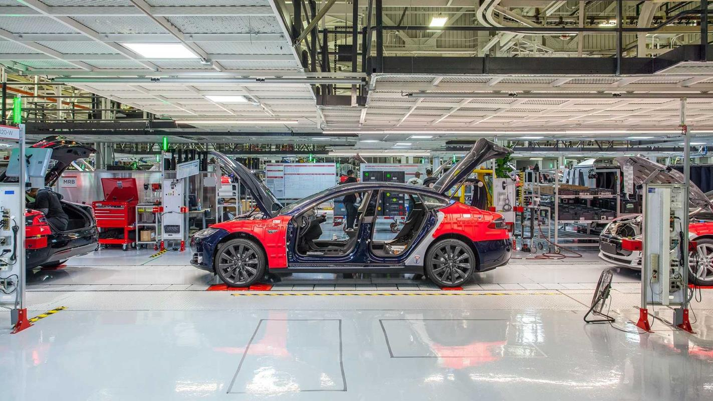 Tesla dopnie celu, Elon Musk prosi pracowników, cel Tesli, produkcja Tesli, cel produkcyjny Tesli