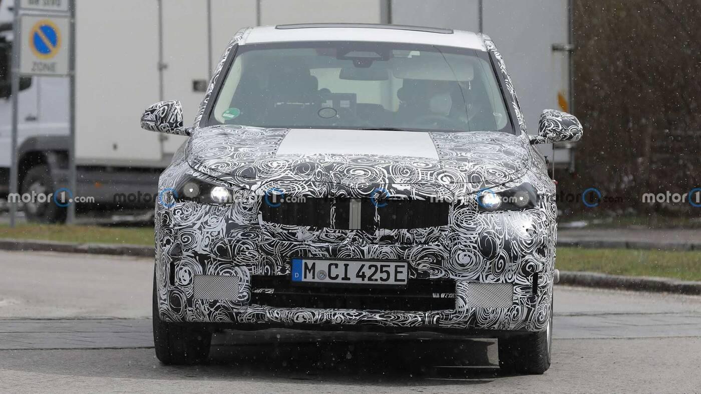 elektryczne BMW iX1 w testach, elektryczne BMW iX1, zdjęcia elektryczne BMW iX1,