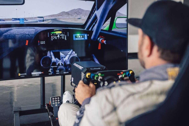 Kierownica wyścigowego Continental GT3 Bentleya, kierownica Continental GT3 Bentleya,