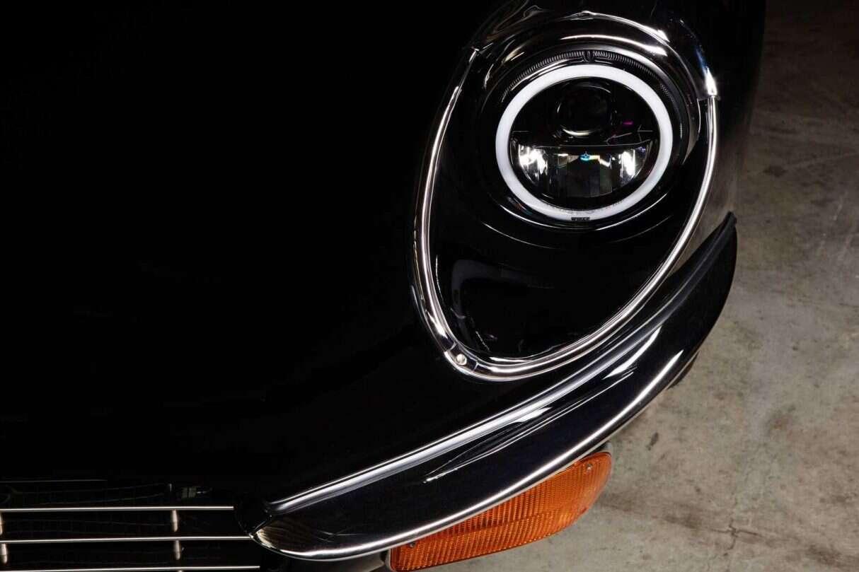 Jaguar E-Type Unleashed,