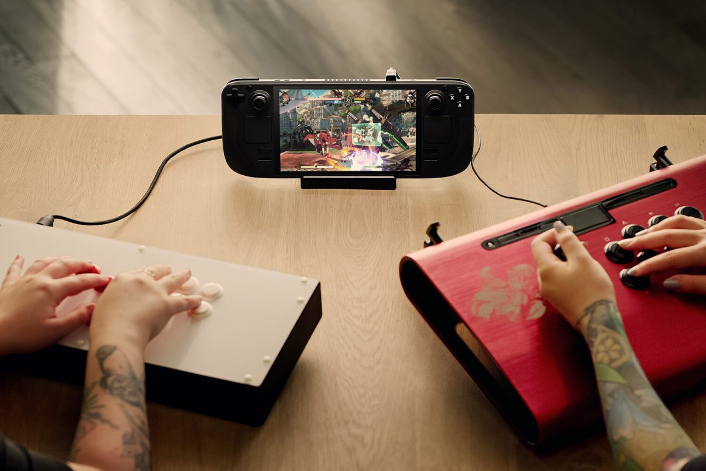 Mobilna konsola Valve, Steam Deck Game