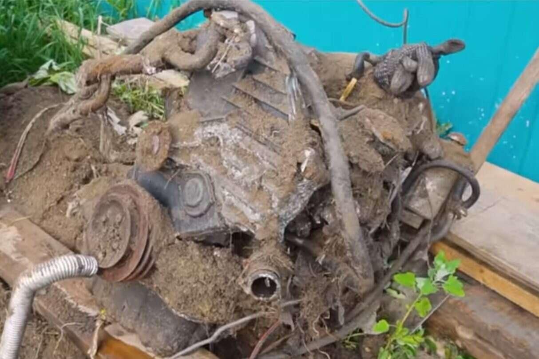 zakopany silnik