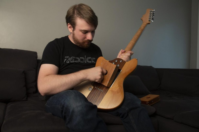 Modułowa gitara Voyager