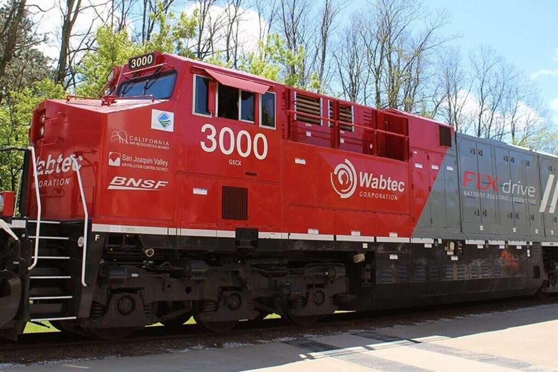 elektryczną ciężką lokomotywę towarową, Wabtec sprzedał pierwszą elektryczną, ciężką lokomotywę towarową z akumulatorami